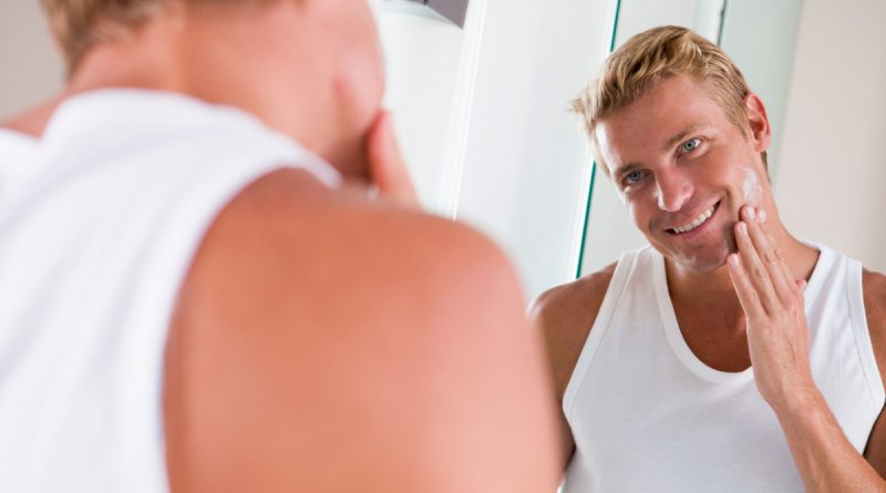 Yes, Men Get Zits Too – Here's how to Deal with it